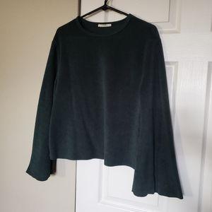 Zara Sweaters - Soft Zara sweater